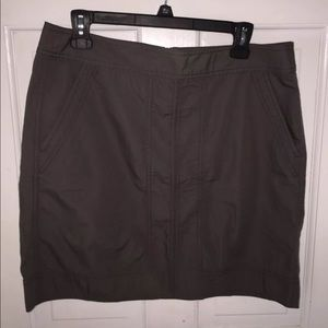 Ann Taylor Loft Sz 10 lightweight Gray Mini Skirt